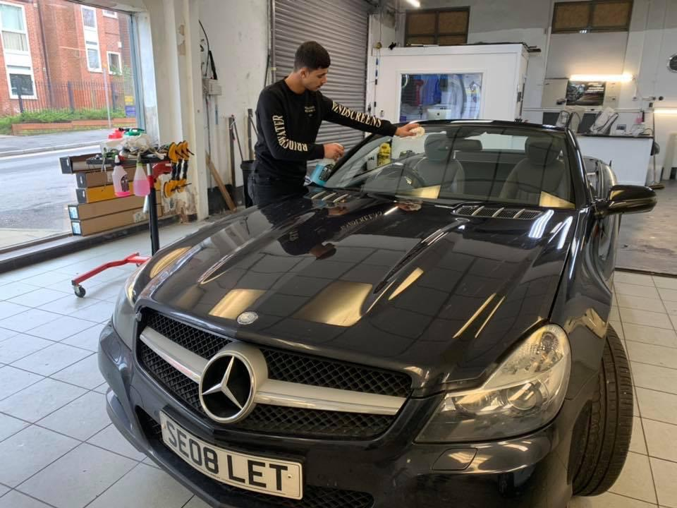 Apprenticeship in the Auto Glazing Industry myWindscreen
